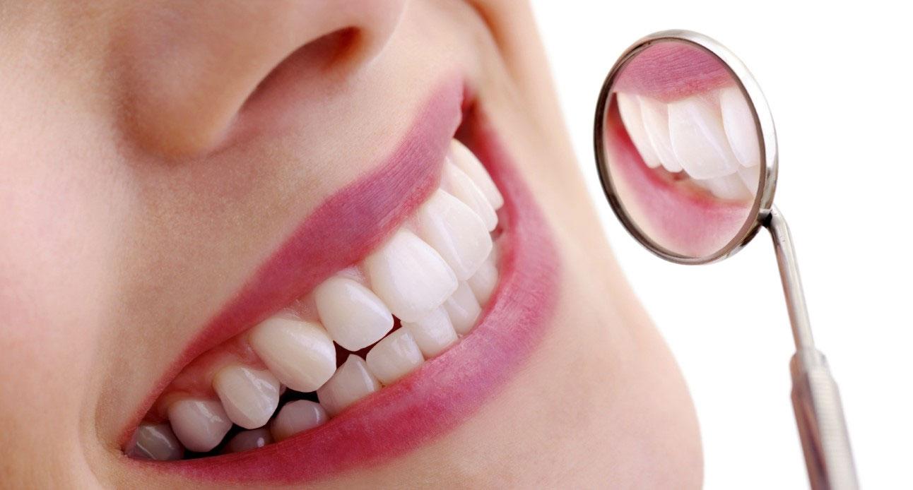 Pulizia denti e igiene orale