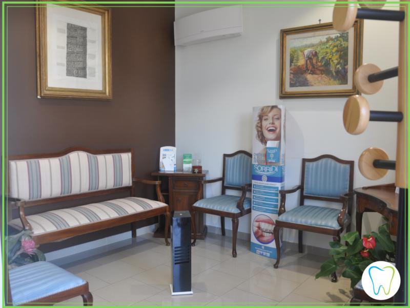 sala attesa covid dentista ammendolia